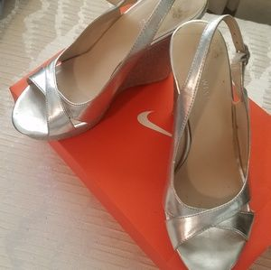 Shoes - 2/$50 Nine West Silver Wedges Size 8